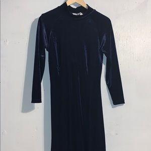 Vintage Blue Velvet Long Sleeve Maxi Dress